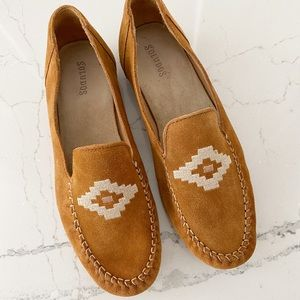 Soludos Suede Embroidered Moccasins